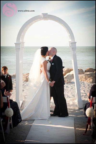 South Seas Creative Wedding Photography