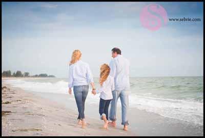 South Seas Island Family Photographer