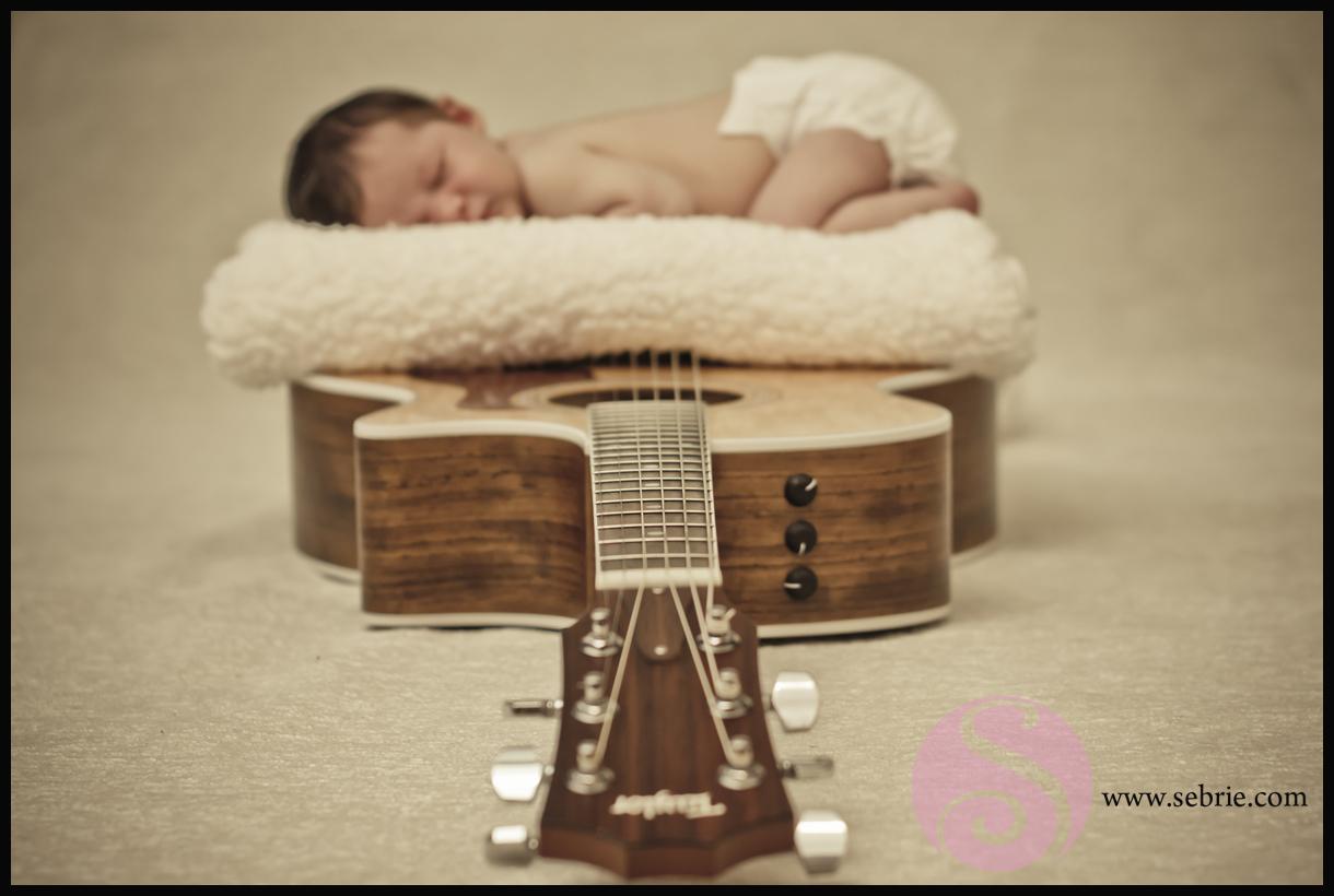 Creative Newborn Photographer