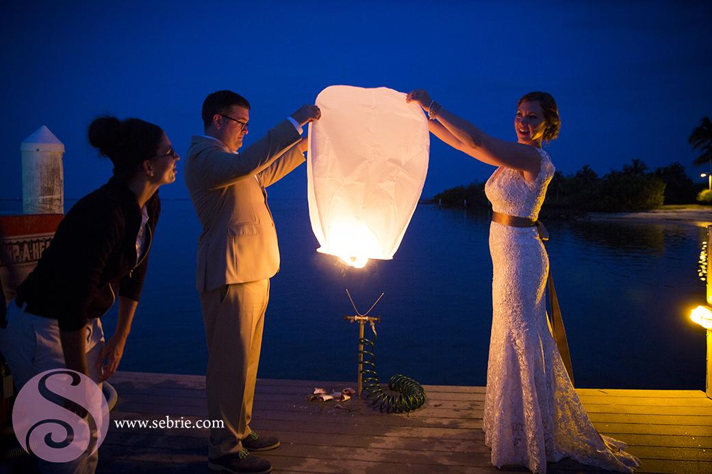 paper-lantern-beach